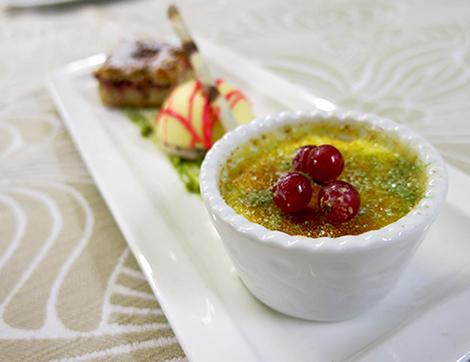 cucina anche con menu per celiaci all'hotel alpholiday, hotel 4 stelle per famiglie in trentino